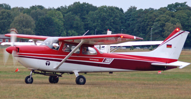 Cessna 172 Reims Rocket